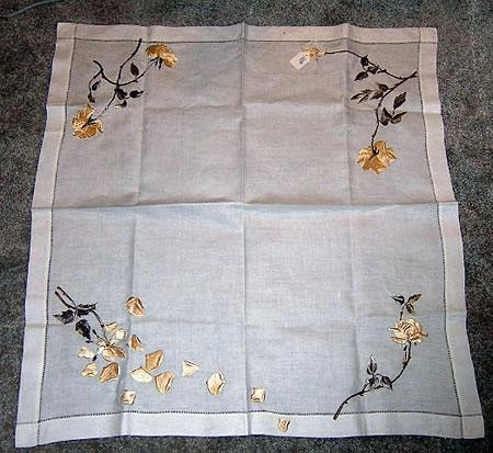 Silk Society 32 x 32 small tablecloth the Yellow Rose