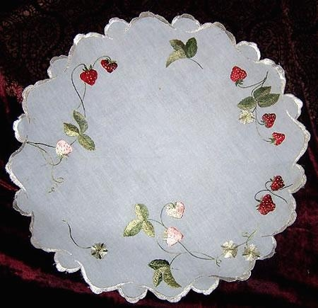 Silk Society Strawberries tablecloth