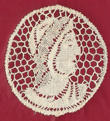 Hand made 5 inch Renaissance Lace woman