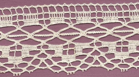 White English cluny lace 2 1/2 inches wide by 5 yards 32 inches.