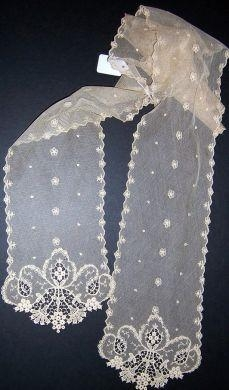 MACHINEMADE LACE LAPPET EXTRA LONG