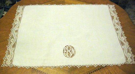 ITALIAN NEEDLELACE PLACEMATS 24 X 16 MONO CBN