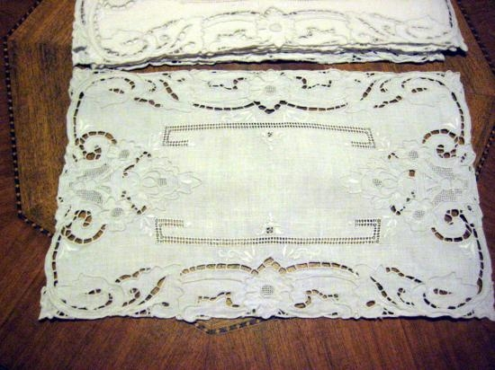 WHITE ITALIAN HEAVY HAND WORK NEEDLELACE SUPREME