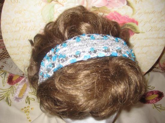 BEADED GREEN GLASS 2 INCH HEAD BAND