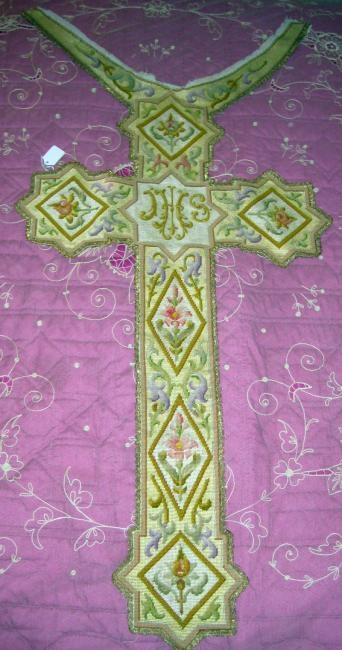 Petit Point Cross Embroidery Italian Large