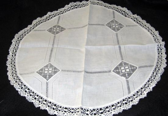 Small white round cloth SR-7