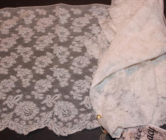 HandMade Valencienne Lace108
