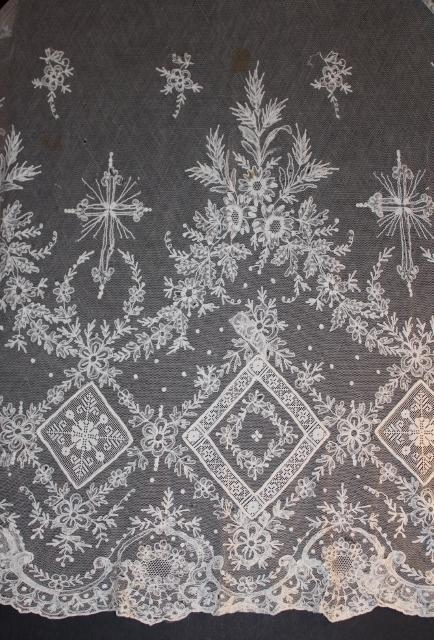 Handmade Vestment Lace Panel stunning 39x63 inches