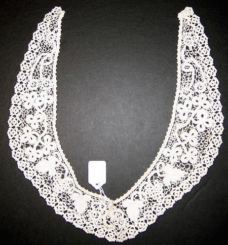 Handmade beautiful Irish crochet collar