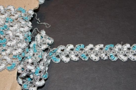 Vintage 3/4 inch beading trim Turquoise and White with silver weave #30