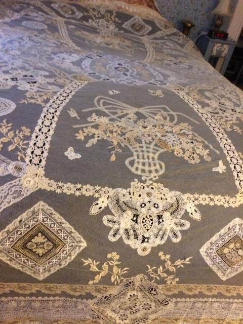 Normandy Lace Bed Cover 76x96