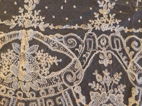 Exquisite Handmade Lace French? Brussels? 168