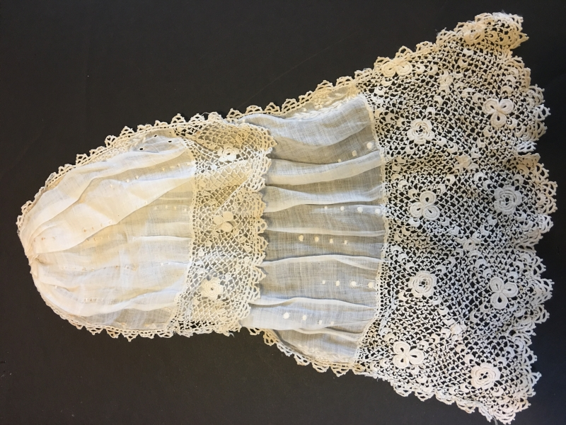 L#02 Irish Crochet Lace Jabot
